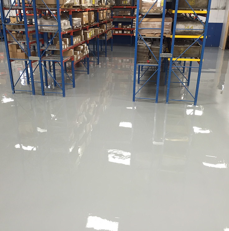 Epoxy floor in a warehouse